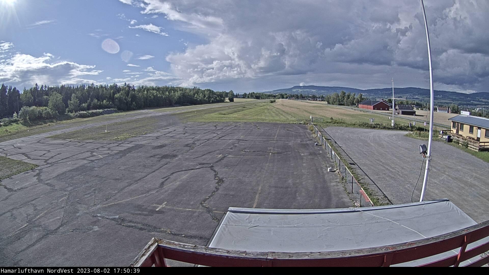 Hamar - Hamar Lufthavn; mot nordvest